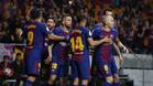 Los jugadores del FC Barcelona celebran uno de sus goles en la final de la Copa 2017/18 contra el Sevilla