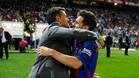 Lucho y Messi se fundieron en un abrazo tras la victoria ante el Alavés