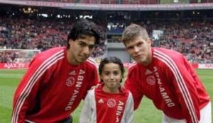 Luis Suárez, junto a Nouri y Huntelaar