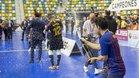 Roger Serrano, con la botella de champán en el Quijote Arena