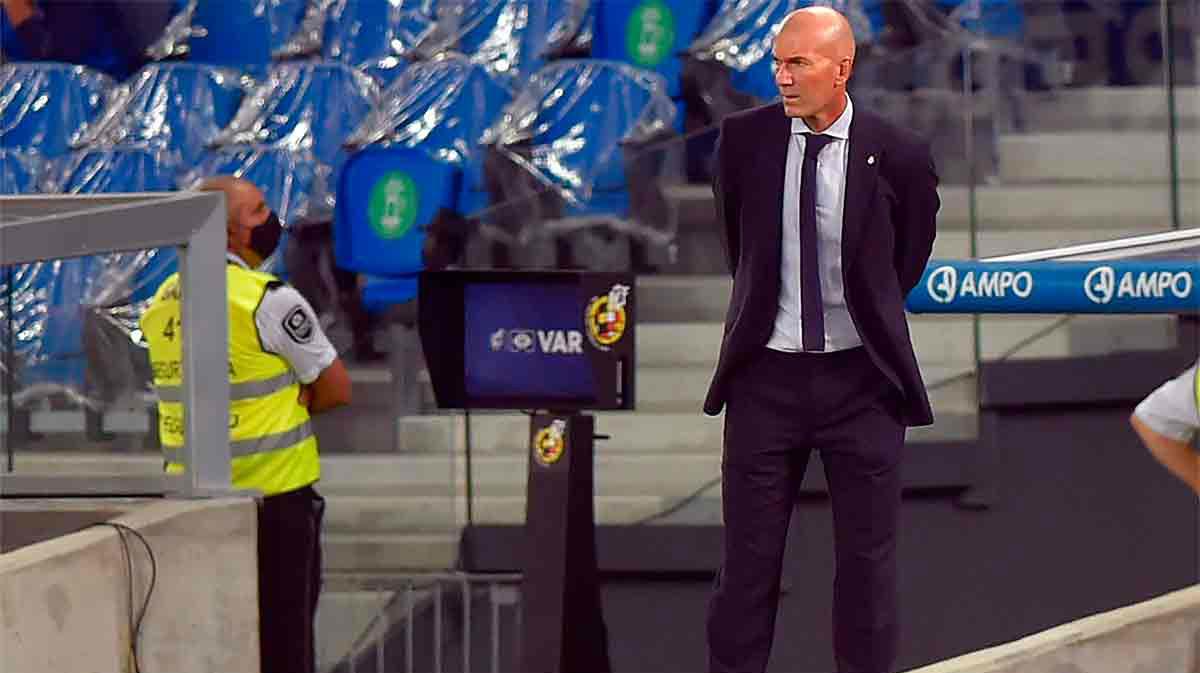 Zidane: El Barcelona tiene plantilla para pelear por todo