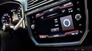 Para usar Alexa solo habrá que conectar el Smartphone Android al vehículo.