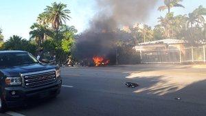 El Model S de Riley y Monserrat aún ardiendo el pasado mayo.