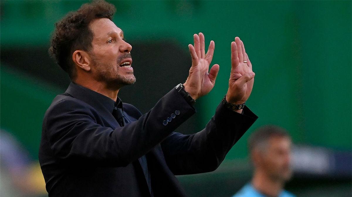 """Cerezo: """"El que discuta las alineaciones a Simeone, que se compre un equipo y las haga él"""""""