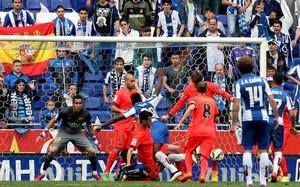El Barça se impuso por 0-2 al Espanyol en Cornellà-El Prat
