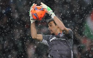 Guilherme, en acción durante un partido del Lokomotiv