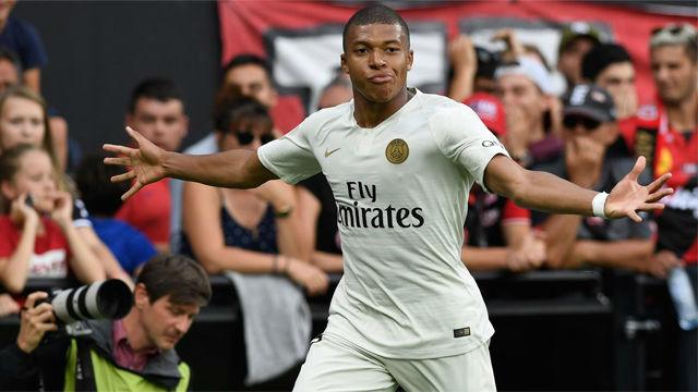 Lo mejor de Mbappé frente al Guingamp tras salir desde el banquillo