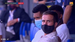 Pjanic estuvo en la grada presenciando el Barça-Girona