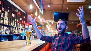¿Quieres ver fútbol? Estos son los mejores bares para hacerlo (ES)
