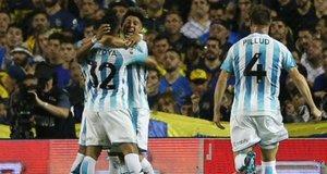 Racing Club venció a Boa Juniors y podría dejarlo sin el primer puesto en la Superliga Argentina
