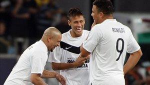 Ronaldo Nazario felicita a Neymar tras superarlo en la tabla de goleadores