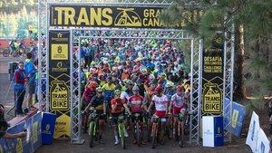 Salida de la Transgrancanaria Bike en la pasada edición