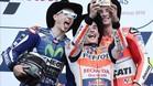 El selfie de Márquez, Lorenzo y Iannone en el podio de Austin