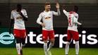 Timo Werner celebra con Keita el 1-0 de los sajones