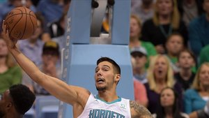 Willy se luce con los Hornets