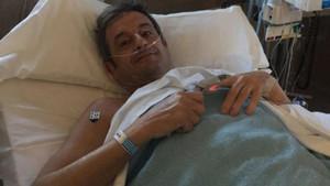 Luis Moya, operado con éxito
