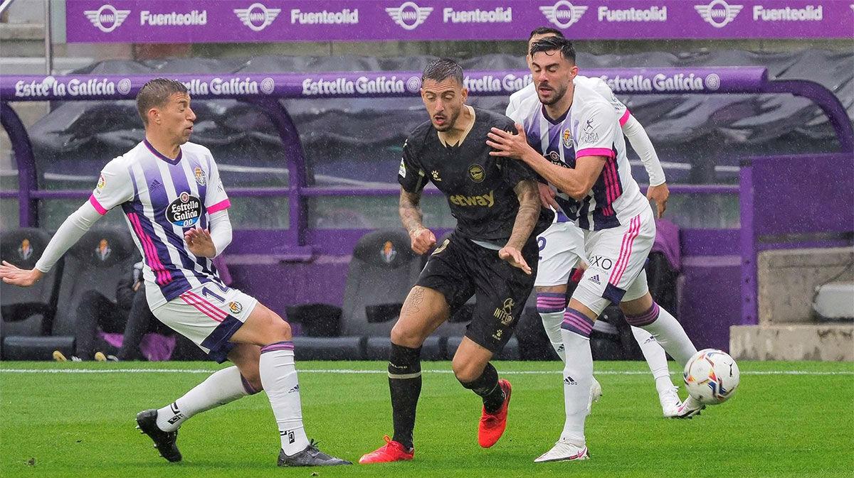 El Alavés doblega al Valladolid
