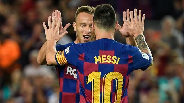 Así fue el obús de Arthur que levantó al Camp Nou
