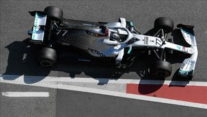 Bottas ha volado en el Circuit al volante del Mercedes W11
