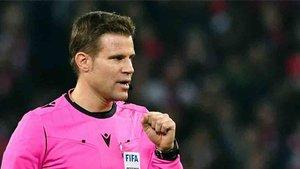 Brych será el árbitro de la semifinal Sevilla - Manchester United