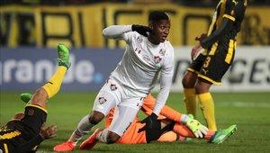 Fluminense deja a Peñarol prácticamente eliminado de la Sudamericana