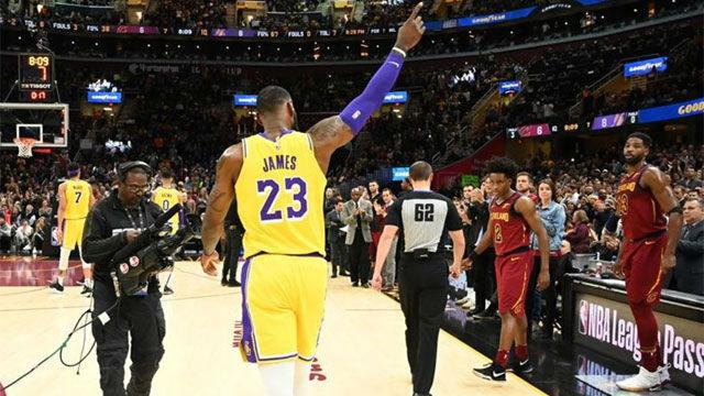 LeBron James se lleva el triunfo con los Lakers en su regreso a Cleveland