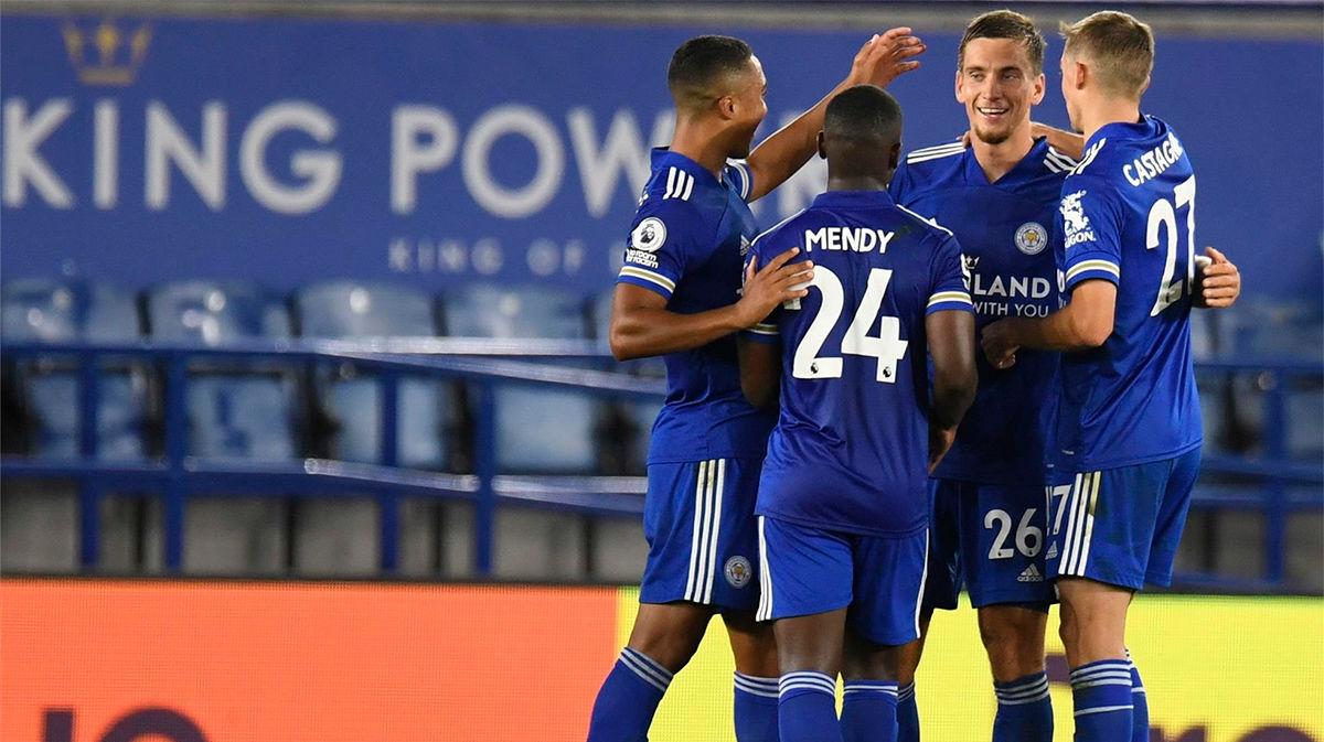 El Leicester remonta al Burnley y se coloca líder