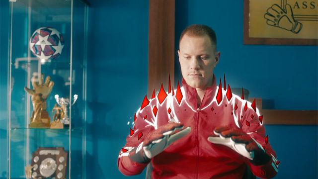 Ter Stegen se disfraza para anunciar las nuevas Predator 10 Mutator de Adidas