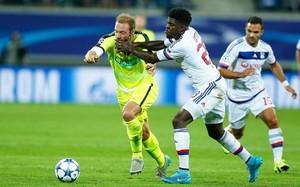 Umtiti juega en el Olympique de lyon