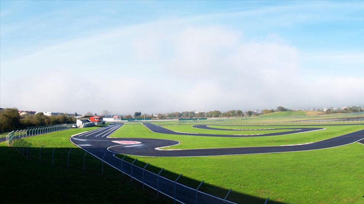 Circuito Fernando Alonso Posada : Campeonato de españa de karting circuito fernando alonso u flickr