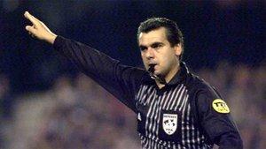 Brito Arceo, ex árbitro internacional, está arruinado