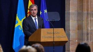 Carlos Sainz durante su discurso en la entrega.