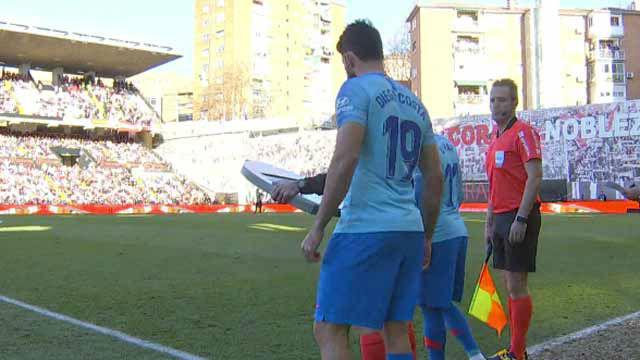 Costa reaparece en Vallecas tras más de dos meses lesionado