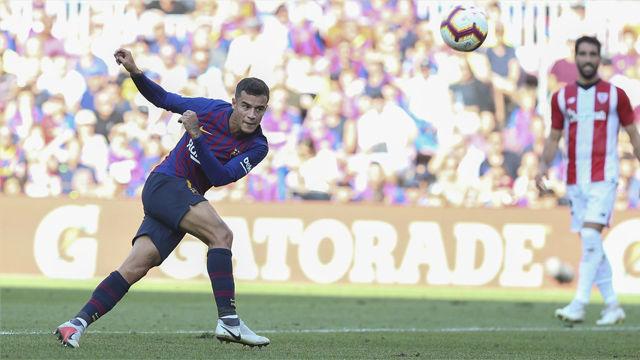 Coutinho fue uno de los más activos... y el palo evitó su gol