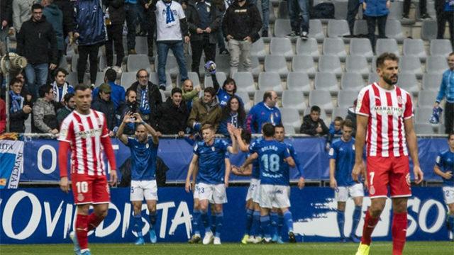El Girona cae goleado en Oviedo