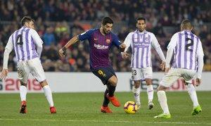 Las imágenes del partido de La Liga Santander entre el FC Barcelona y el Valladolid (1-0) disputado en el Camp Nou