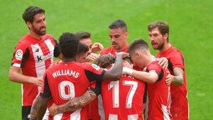 Los jugadores del Atlético de Bilbao celebrando un gol en un partido de LaLiga
