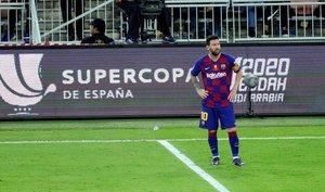 Messi, desesperado, al final del partido tras la derrota