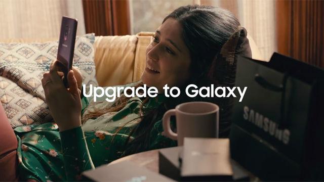 mete directamente contra Apple en su nuevo anuncio