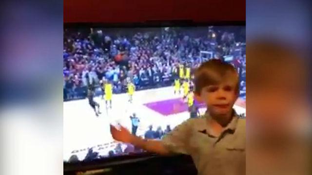 El niño sabía que Lebron ganaría el partido: ¡Sin Mirar!