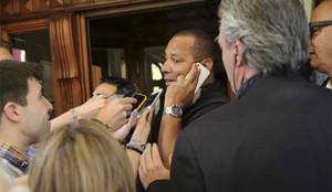 El padre de Neymar habló con los dirigentes del Barça