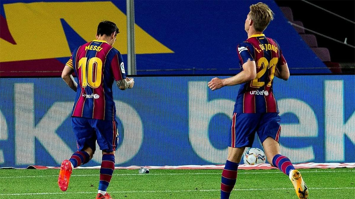 Le pegó el argentino con su bendito pie izquierdo. Así la radio el gol de Messi de penalti al Villarreal