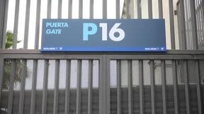 La Policía Nacional interviene las instalaciones del Málaga por orden judicial