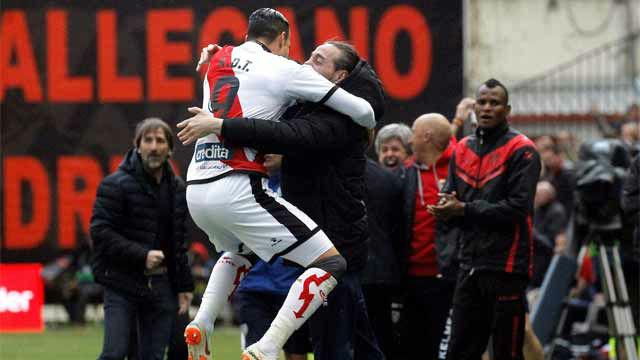 El Rayo mantiene el pulso por la permanencia tras ganar al Valencia