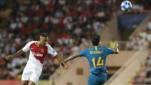 Rodrigo en el duelo ante el Mónaco