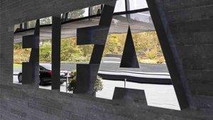 Suiza quiere destituir al fiscal Lauber por encubrir la corrupción de la FIFA