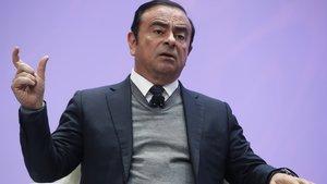 Carlos Ghosn será cesado por malas prácticas financieras.