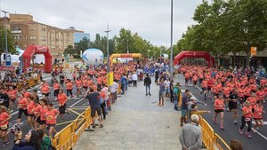 Ambiente festivo cursa Eva-Diario Sport, cursa de les Dones Terrassa
