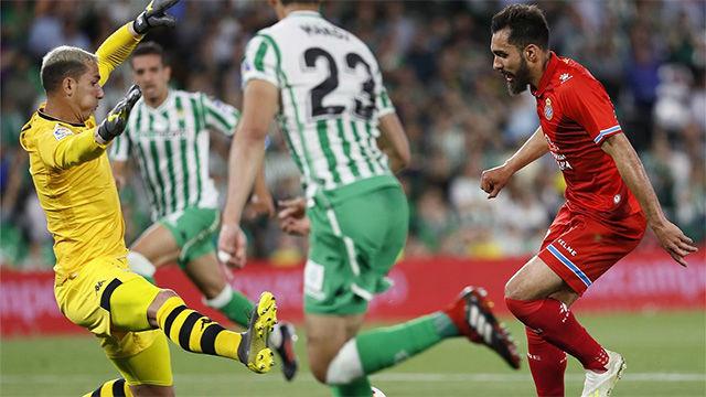 El Betis iguala al Espanyol en el último minuto y le complica Europa