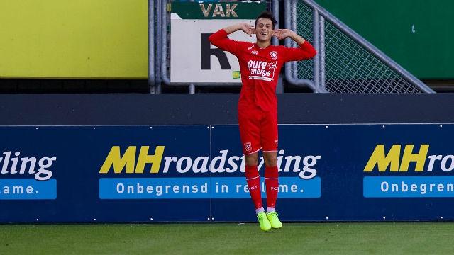 Javier Espinosa marca su primer gol en la Eredivisie